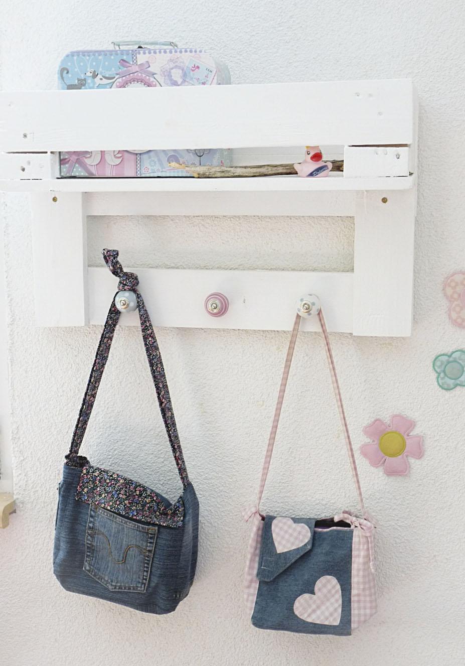 Mein erster Versuch in Sachen Palettenmöbel: Ein Garderobenregal ...