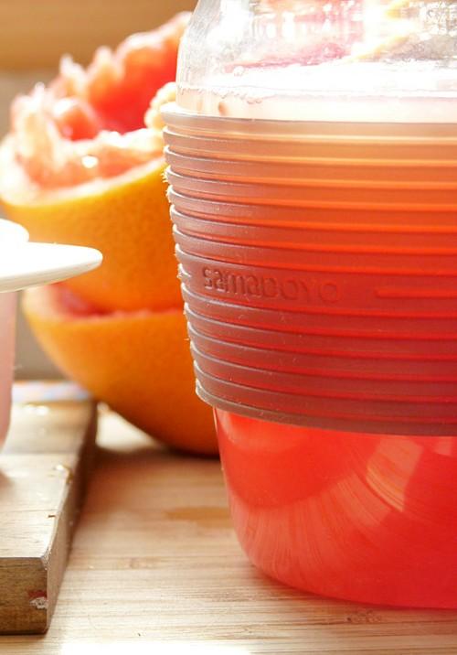 Frisch gepresster Grapefruitsaft - Happiness Challenge