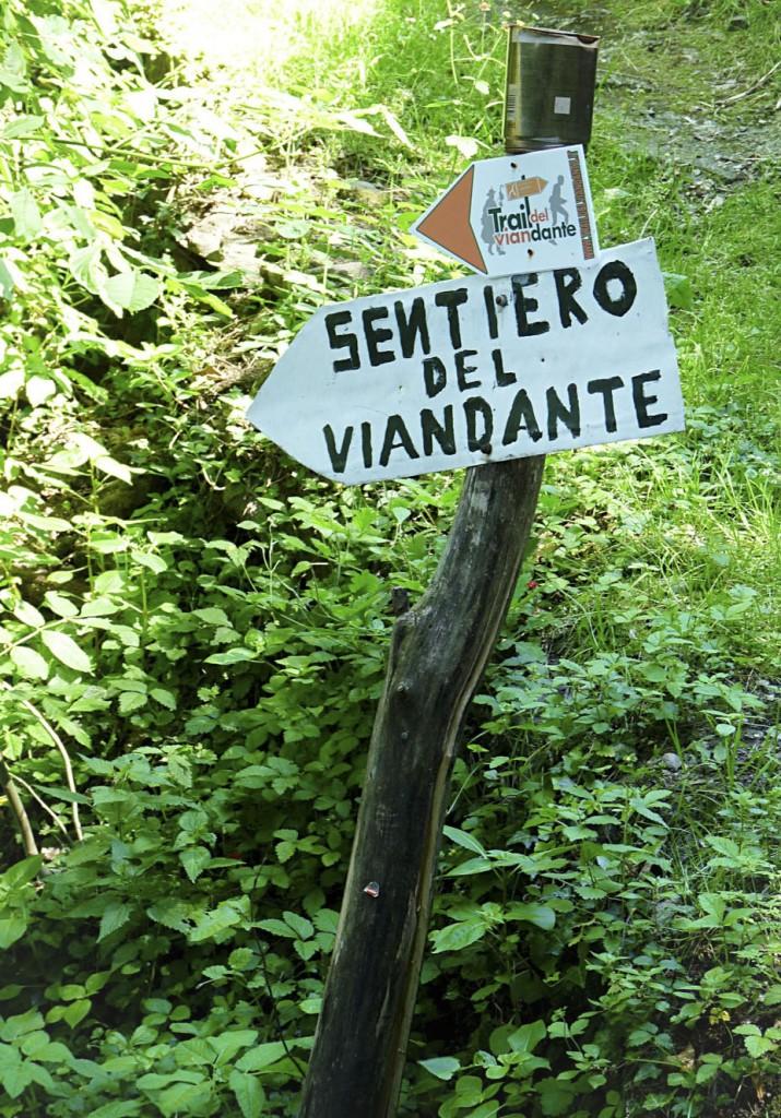 1_Wegweiser Sentiero del Viandante Lago Como_1
