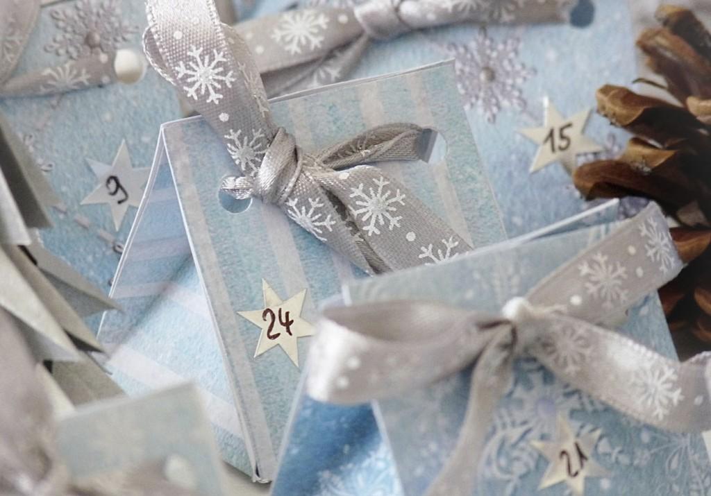 Schachteln für den Adventskalender basteln