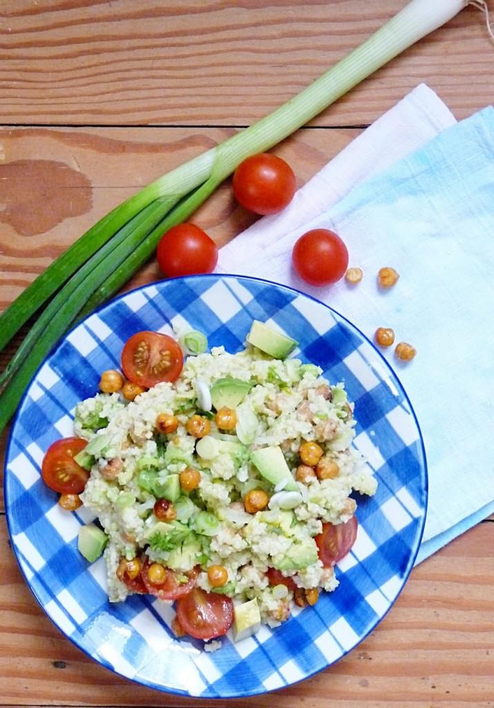 Quinoa Salat mit Avocado