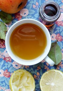 Gesichtswasser mit Apfelessig und Zitrone
