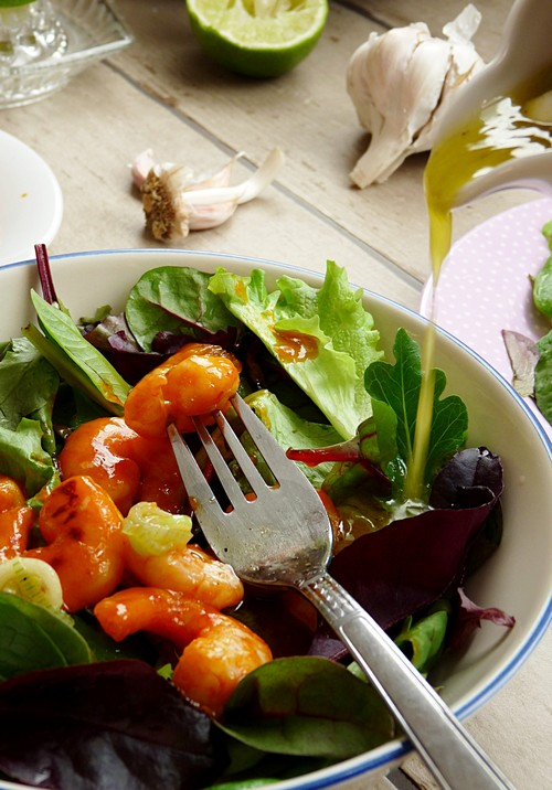 Salat mit Sweet Chili Shrimps