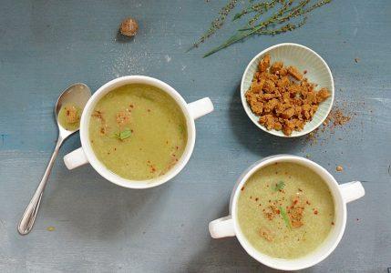 Suppe mit Sauerampfer